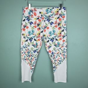 Fabletics Poppy Floral Mesh Capri Leggings Size XL